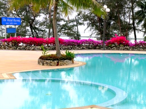 Royal Rayong Condo Pool